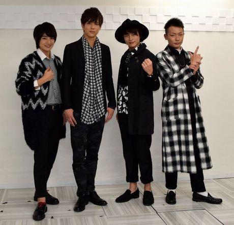 (左から)本田剛文さん、水野勝さん、小林豊さん、田中俊介さん