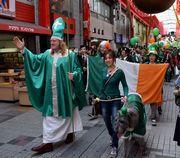 大須でセントパトリックスデーパレード アイルランドの記念日祝う
