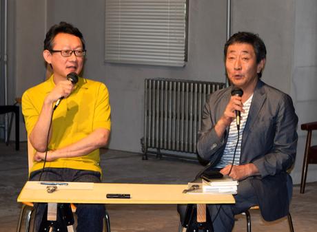 港千尋芸術監督(左)と芹沢高志さん