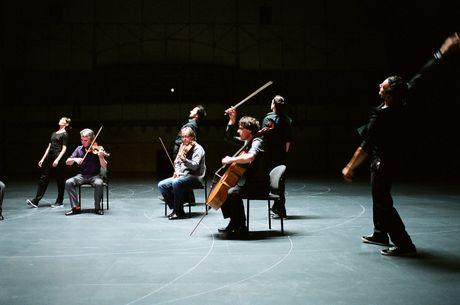 名古屋でベルギーのダンスカンパニー「ローザス」2公演