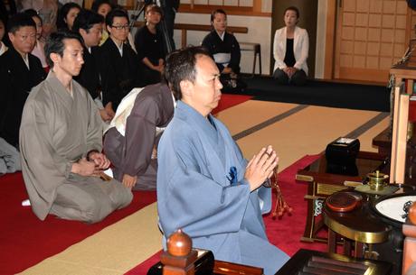 「名古屋をどり」の成功を祈願する西川千雅さん