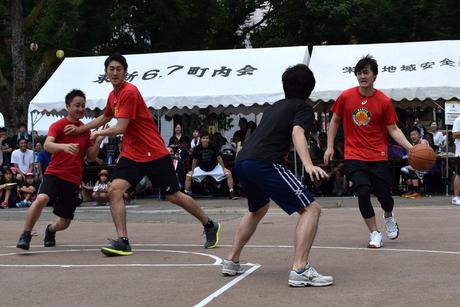 名古屋ダイヤモンドドルフィンズ3選手が池田公園夏祭りでエキシビションマッチ