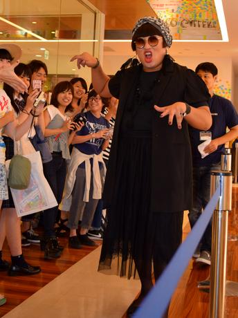 「名古屋クリエイターズ・ファイル祭-栄クリエイティブ大作戦-」ファッションデザイナー・YOKO FUCHIGAMI来場イベント