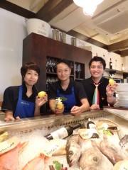 東片端・激戦区にイタリア料理店 シェフと対話、「魅せる」ショーケースで選ぶ魚介