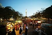 名古屋テレビ塔を中心に南北に広がる公園でマーケットイベント