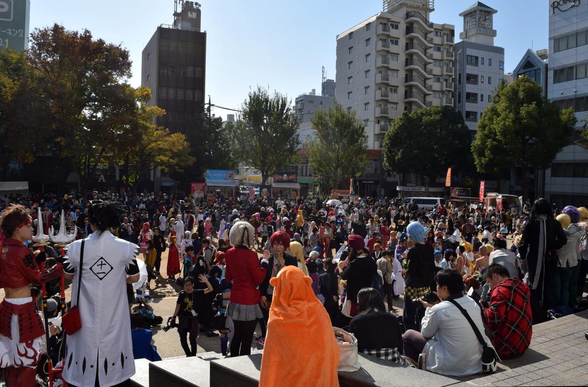 栄で開催された野外コスプレイベント「ホココス~南大津通歩行者天国COSPLAY~」。写真は会場の一つ、矢場公園の様子