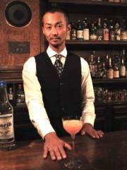 三軒茶屋のバー「チェロ」が10周年-世界を旅して見つけた銘酒を売りに