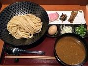 世田谷に「飲み干せる」濃厚ベジポタつけ麺店 人気店が新メニュー片手に復活