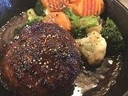 松陰神社前の肉バルが1周年 店主は地元出身、牛から馬まで「もっと気軽に食べて」