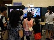砧のNHK技研で子ども向けイベント テレビを分解、放送技術の基礎学ぶ