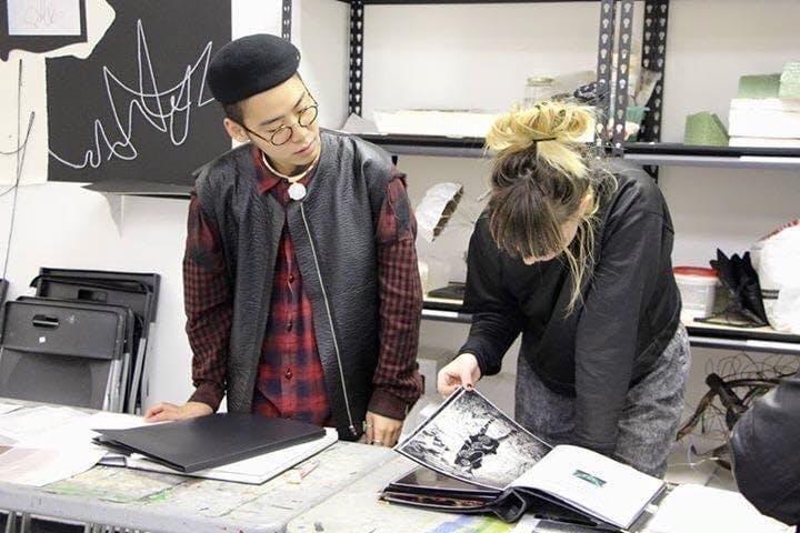 小西翔さん(左)