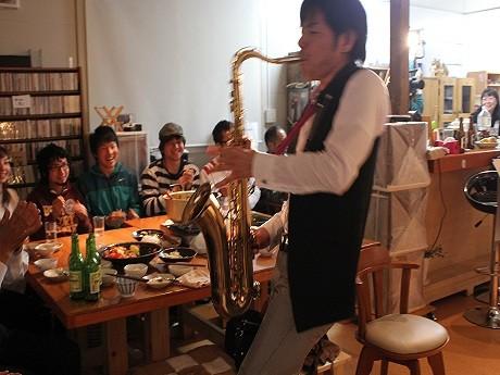 横浜の「濱サク」、大船渡と陸前高田のジャズ喫茶で連日ライブ
