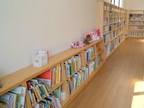 野田村立図書館が1年2カ月ぶりに再開-全国から1万5千点超える本寄贈