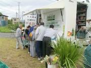 宮古で生協移動販売車が仮設住宅巡回-「にこちゃん号が来た」、住民に笑顔
