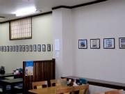 懐かしの地元商店を描いたイラスト展-宮古のラーメン店で開催