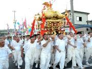 岩手「山田祭」で待ち望まれたみこしが復活-祭り好きの町民で大にぎわい