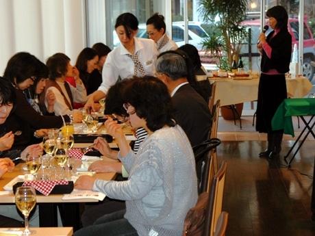 ドンク福住店1周年記念として行われた「チーズとパンを楽しむ会」