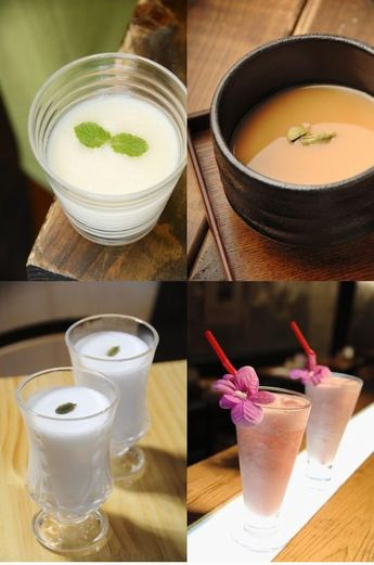 札幌のスープカレー店で提供する「オリジナル甘酒ドリンク」。各店が甘酒を使用したチャイやラッシーなどを開発した