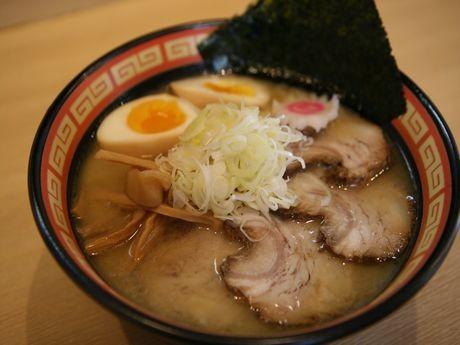 店主・遠藤さん「おすすめ」の塩ラーメン