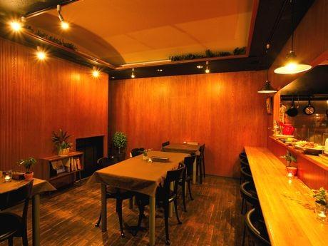 「おうちごはん&cafe coyori」の店内