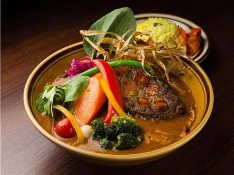 「北海道牛と知床赤豚の手ごねハンバーグ」(ベーコン入り)