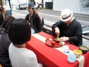 札幌の街中で和文化発信イベント-茶心会や帯舞パフォーマンスも