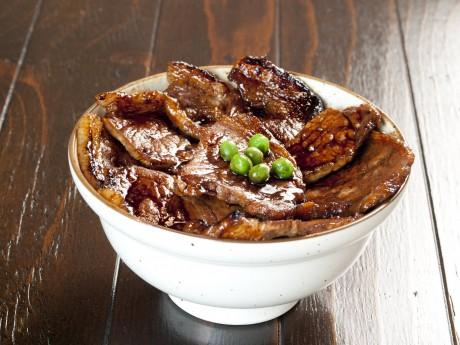 帯広タレ豚丼