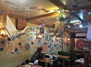 札幌・八軒のカフェで巨大アート作品のイベント 手作り作家の物販も