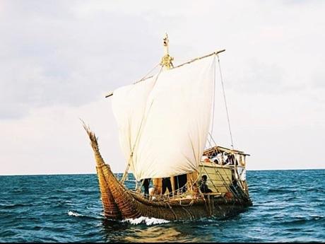 2005年に高知県土佐清水市から東京・神津島へ航海したアシ船