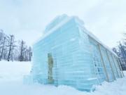 札幌・真駒内に雪と氷のホテル出現 寝袋で一日宿泊、北海道グルメも