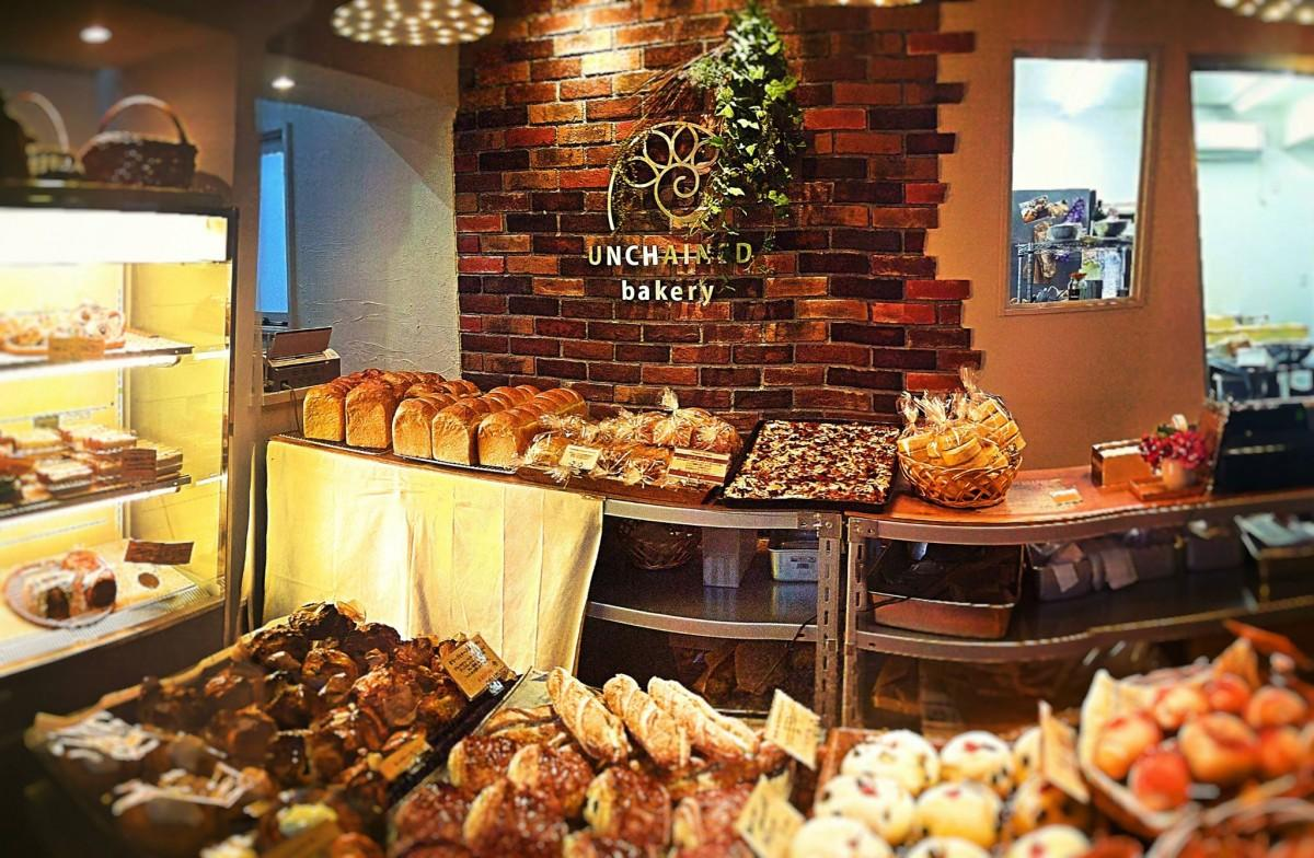 「UNCHAINED bakery」店内