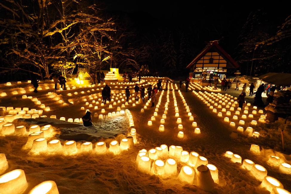 札幌定山渓で「雪灯路」