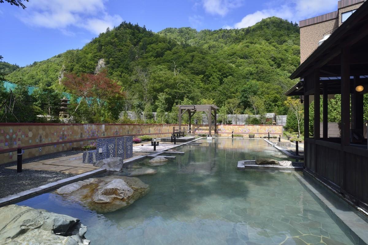 「定山渓グランドホテル瑞苑」の露天風呂