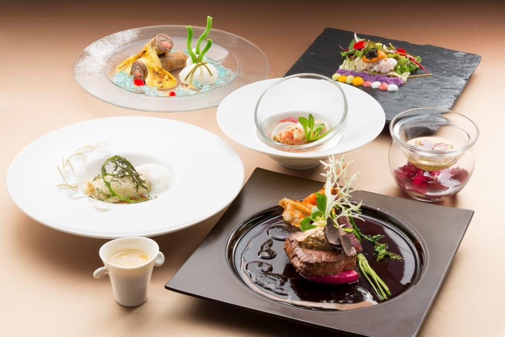 スカイレストランロンドの「北海道喜こんぶディナー」