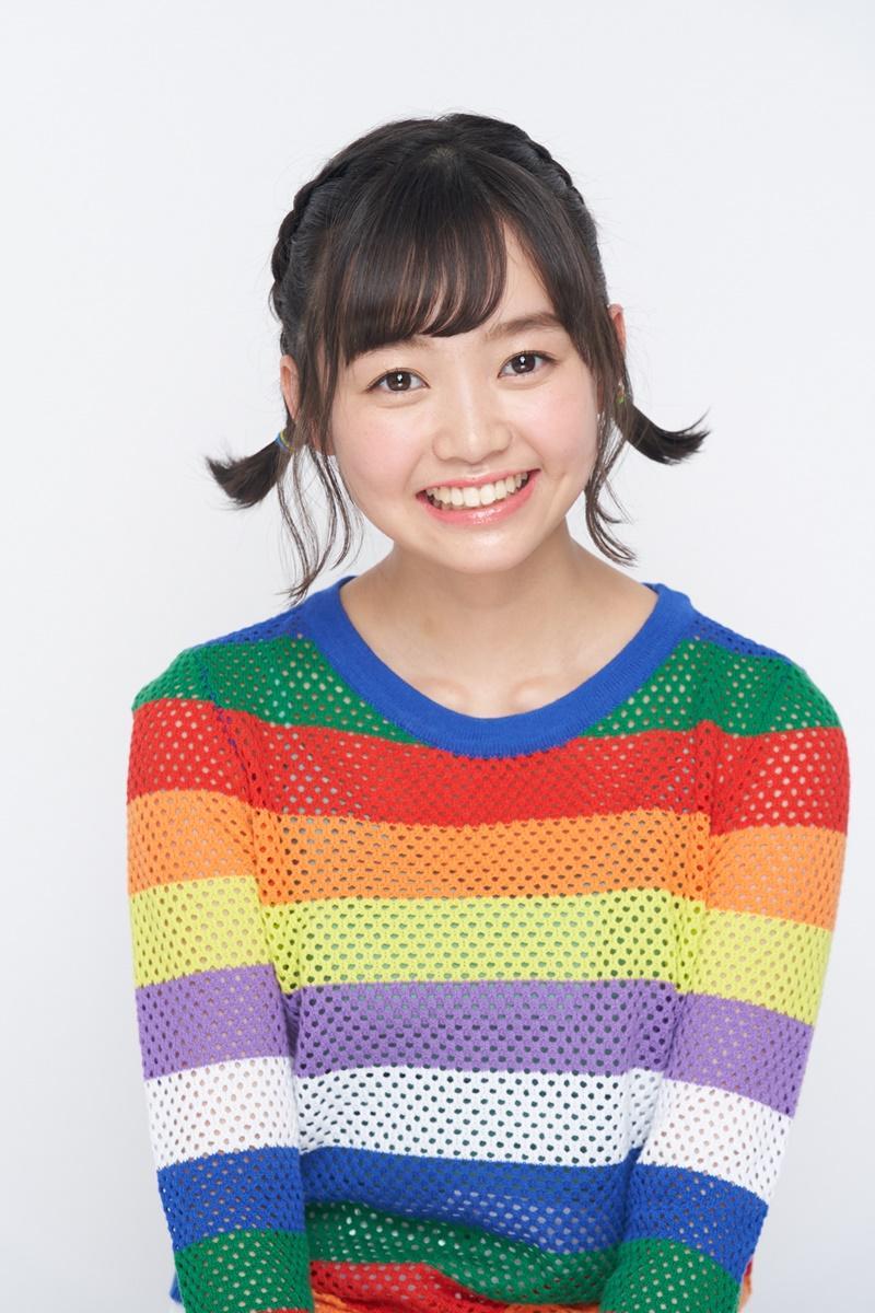 スペシャルライブ&トークを行う杉山優奈さん