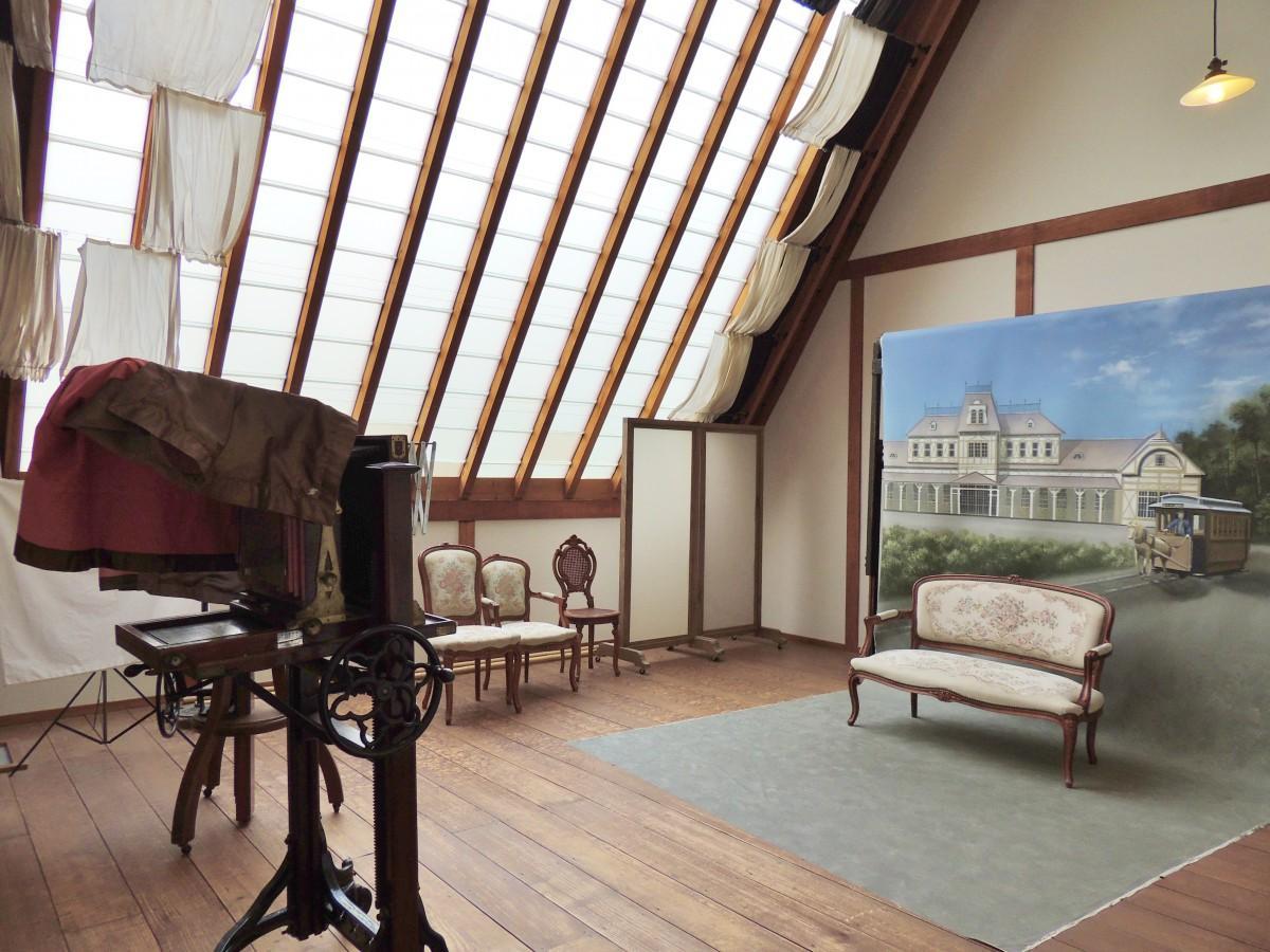 旧広瀬写真館のスタジオ