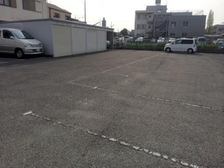 利用者のいない駐車スペースを活用するための、パーキングシェアサービス「あきっぱ」