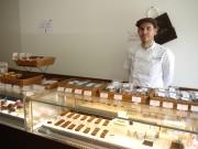 大阪・京町堀のチョコレート専門店が3周年 仏人シェフが夫婦二人三脚