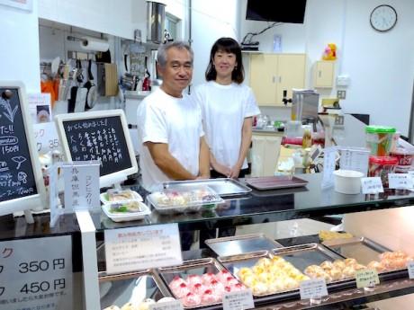 TEMARIYA南本町店・オーナーの岡島さんと店長の梶川さん