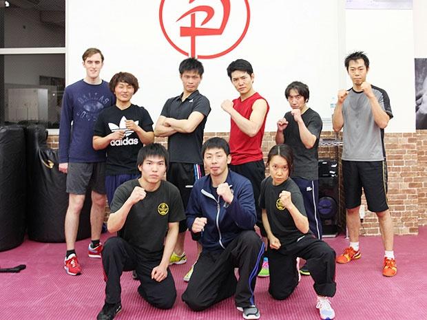 「クラヴマガ・ジャパン大阪トレーニングセンター」のインストラクター・会員の皆さん