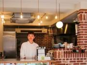 大阪・江戸堀に焼き菓子とコーヒーの店 イートインスペースも併設