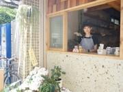 大阪・靱本町にスープ専門店「スープテリア」 店主は元デザイナー