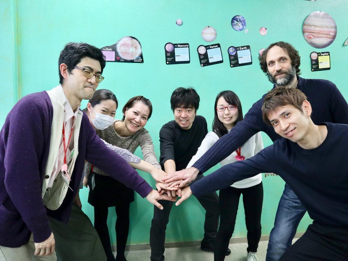 上田慎一郎さんと「上田Kitchen.Y」企画運営メンバー