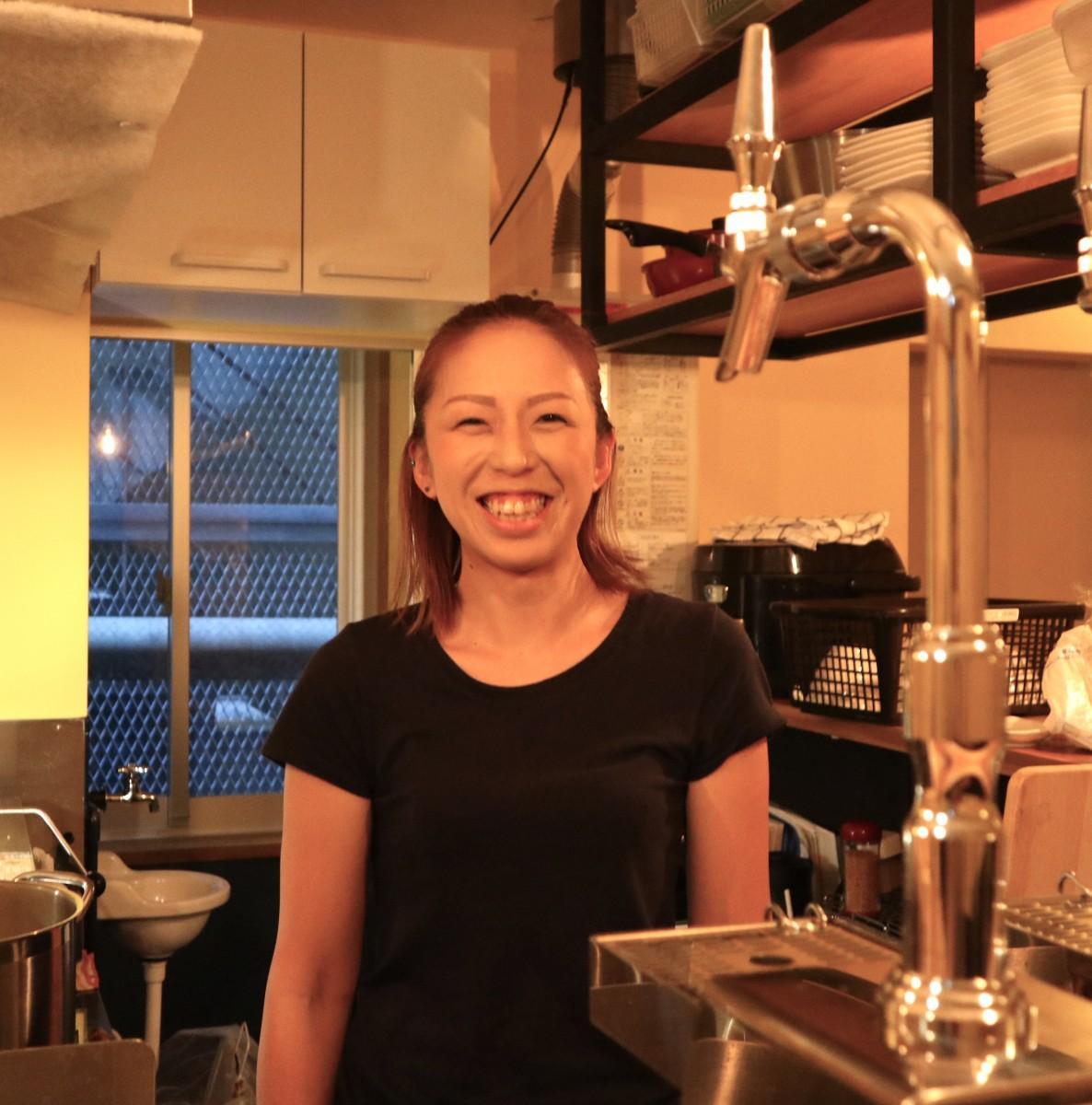 店主の遠藤綾さん