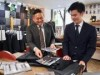 大阪・肥後橋のオーダースーツ店で「上司が買えば部下は無料」サービス