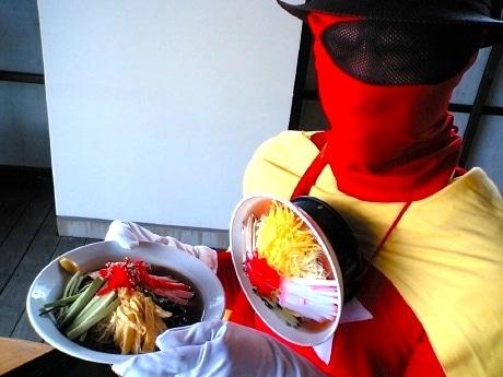 「冷し中華スタンプラリー」を応援する「冷し中華マン」。「この季節、夏バテ対策にはもってこいの冷やし中華をみんな食べにきてくれ」とコメント(写真提供=仙台冷し中華連盟)