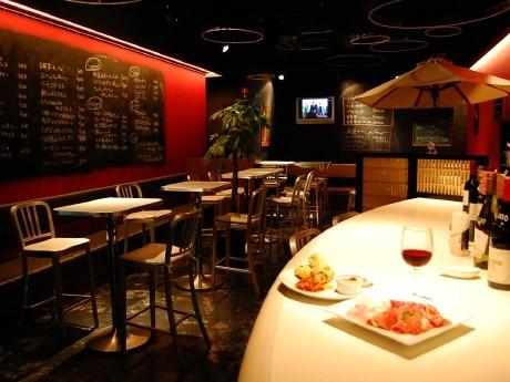 「Bivi」4階の「世界酒場 仙台市場」内にオープンした「仙台バール」