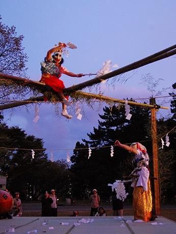 昨年の「れきみん秋祭り」で披露された「雄勝法印神楽」(石巻市)の演舞