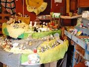 仙台のアートスペースで展示販売会「草食動物園」-作家20組が参加