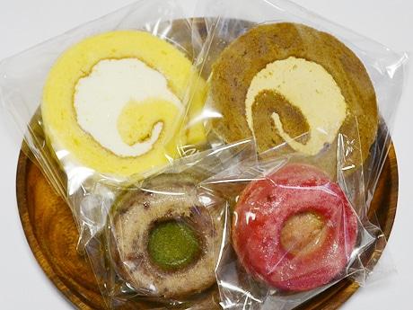 仙台市太白区の参加店舗「菓子工房セレブレ」の米粉商品。「米粉ロール」(各190円)と「もっちリング」(各260円)